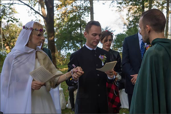 03_matrimonio-celtico-villa-rocchetta-lago-maggiore-600x399