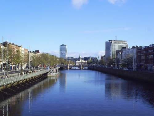 ireland-dublin-liffey-wallpapers_14701_1024x768